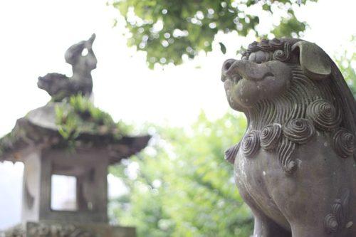 愛犬と一緒に♪ワンちゃんにまつわる神社やお寺でご利益アップ!